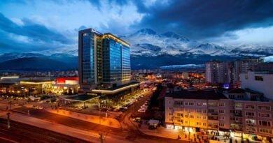 """Radisson Blu Hotel Kayseri, """"Traveller's Choice 2020 Ödülü""""nü aldı…."""