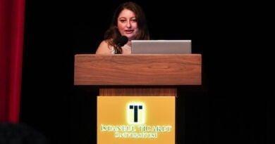 Prof. Dr. R. Gülay Öztürk'ten Dijital Pazaralama Kitabı…