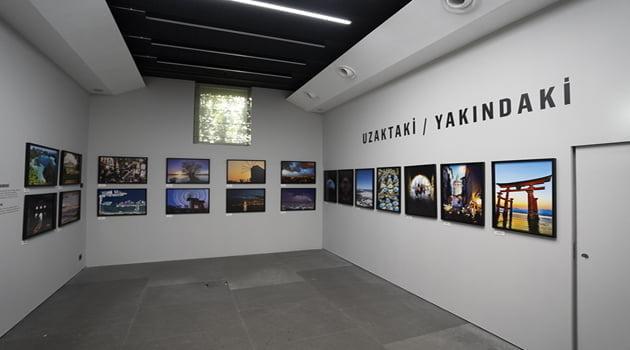 Yapı Kredi Ve 212 Photography İstanbul İş Birliğiyle Uzaktaki/Yakındaki Sergisi Açıldı